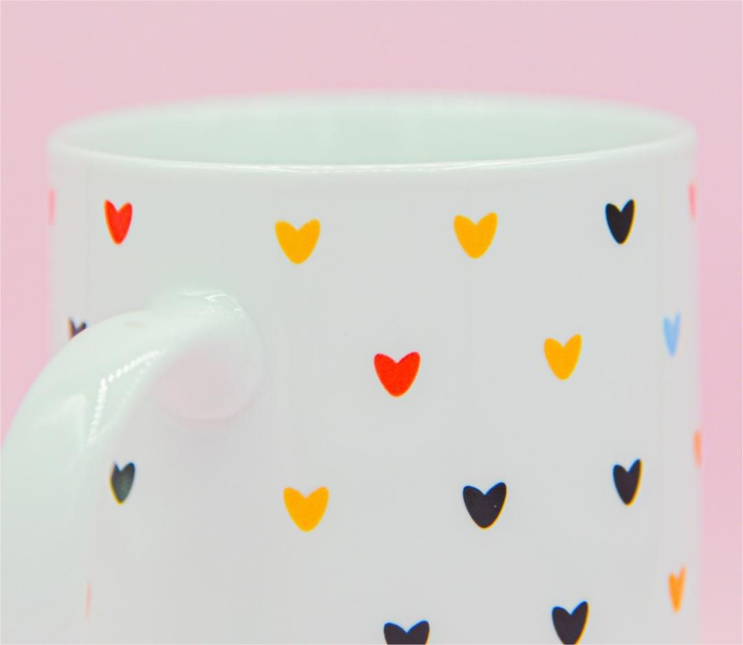 CANECA LOVE HEARTS 350 ML