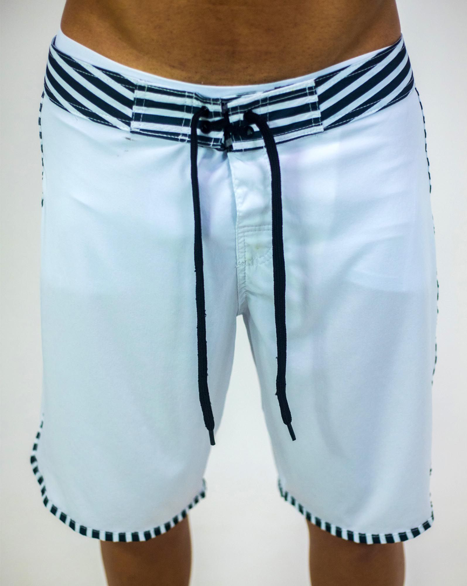 BOARDSHORT WHITE WAVE