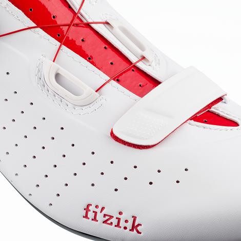 Sapatilha Fizik Tempo R5 Overcurve Branca e Vermelha