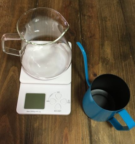 Kit Preparo de Cafés Especiais Barista Iniciante - Jarra, Balança com timer e chaleira bico fino