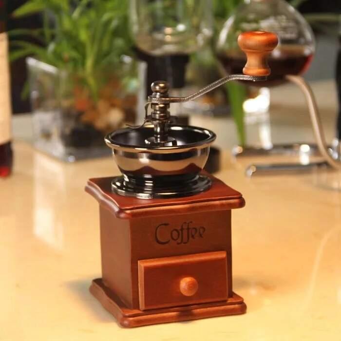 Moedor de Café Manual Madeira Com Gaveta Para Pó