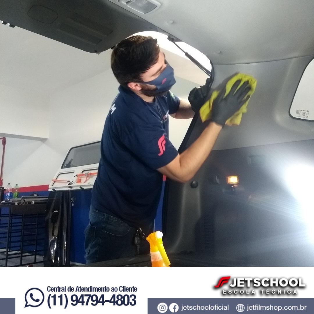 CURSO TÉCNICO DE ESTÉTICA AUTOMOTIVA - 30 HORAS