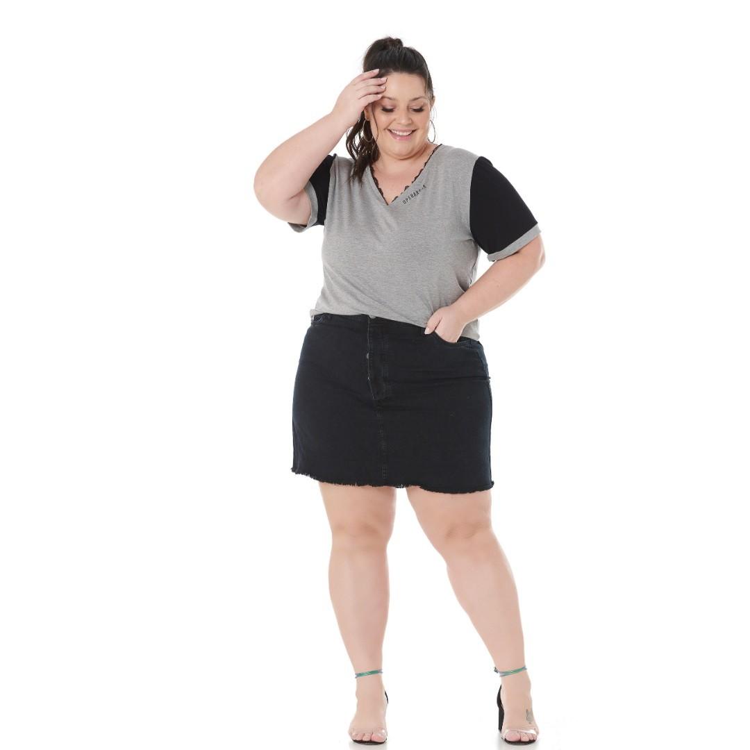 Blusa Plus Size com renda e estampa 102565