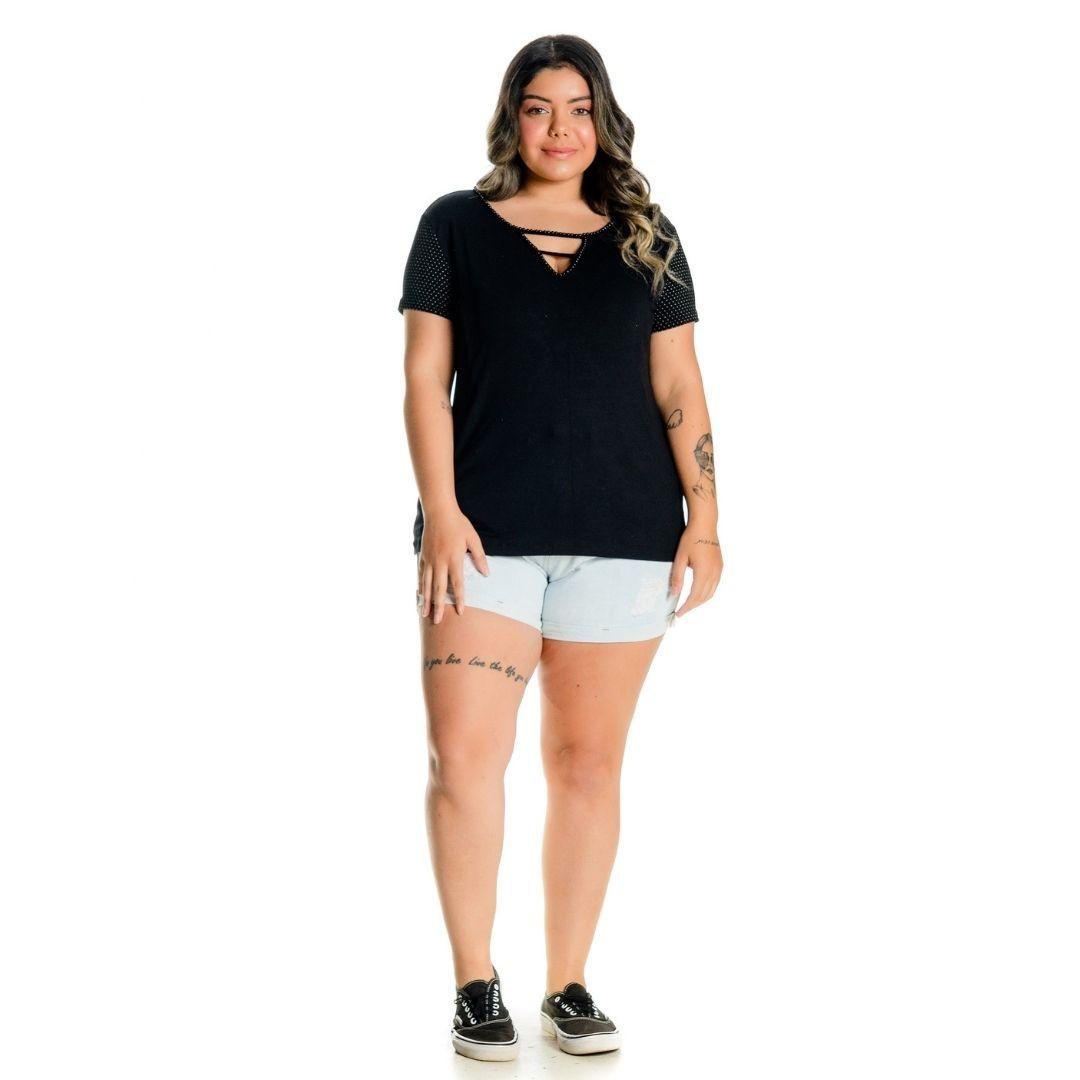 Blusa com Bordado de Perola Plus Size 102502