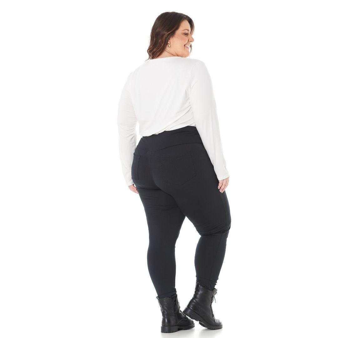 Blusa Feminina Plus Size com Estampa e Bordado 103615
