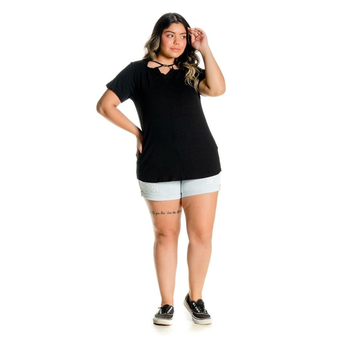 Blusa Plus Size com pingente decote 102518