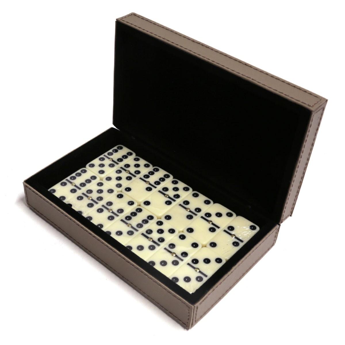Caixa de dominó (Montana Fendi)