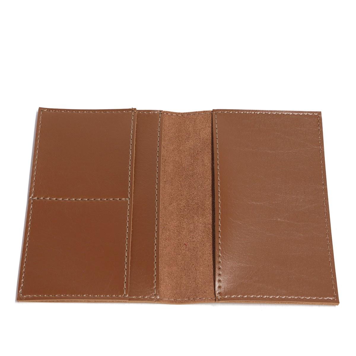 Porta passaporte com bolso (Montana Havana)
