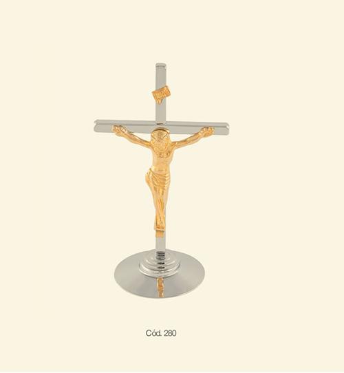 Crucifixo - 23 cm - Madeira Contornado com Medalha de São Bento