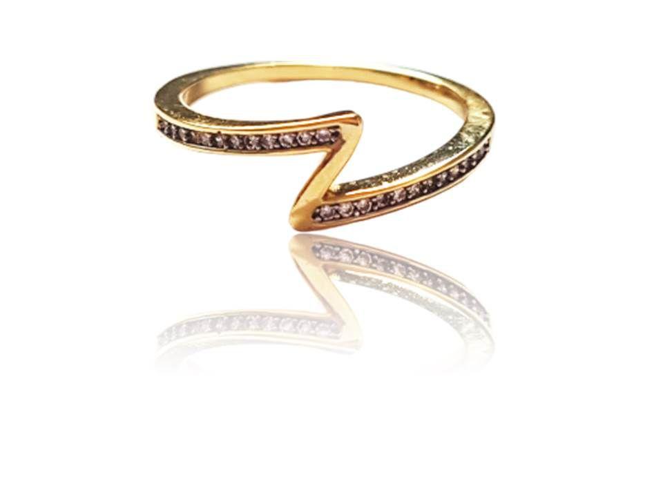 Anel Z Cravejado com Pedras em Zircônio Folheado Ouro