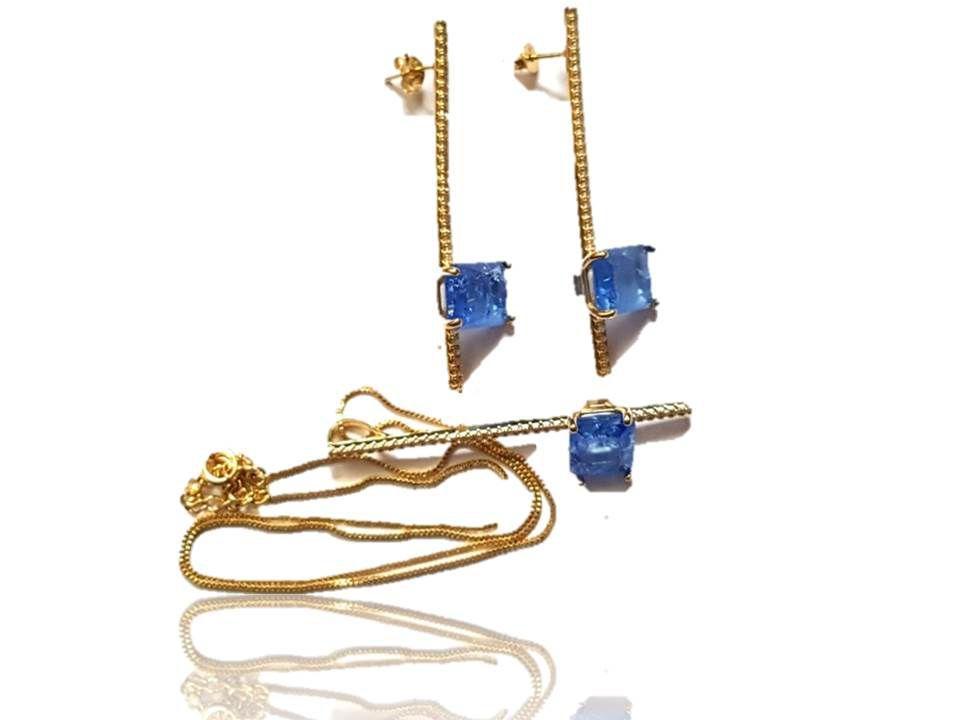 Kit Brinco e Colar em Conjunto Palito Cravo com Pedra Azul