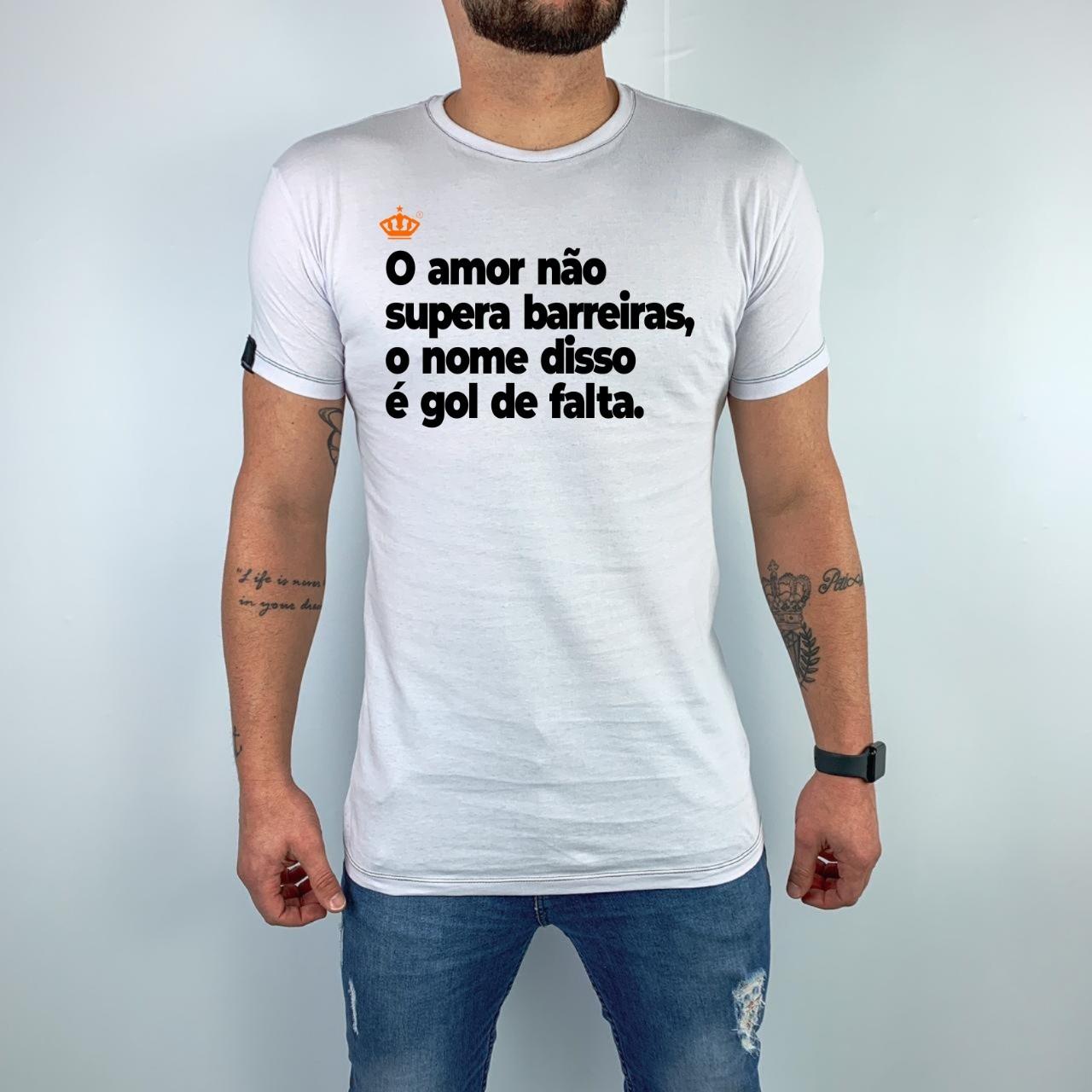 Camiseta O amor não supera barreiras