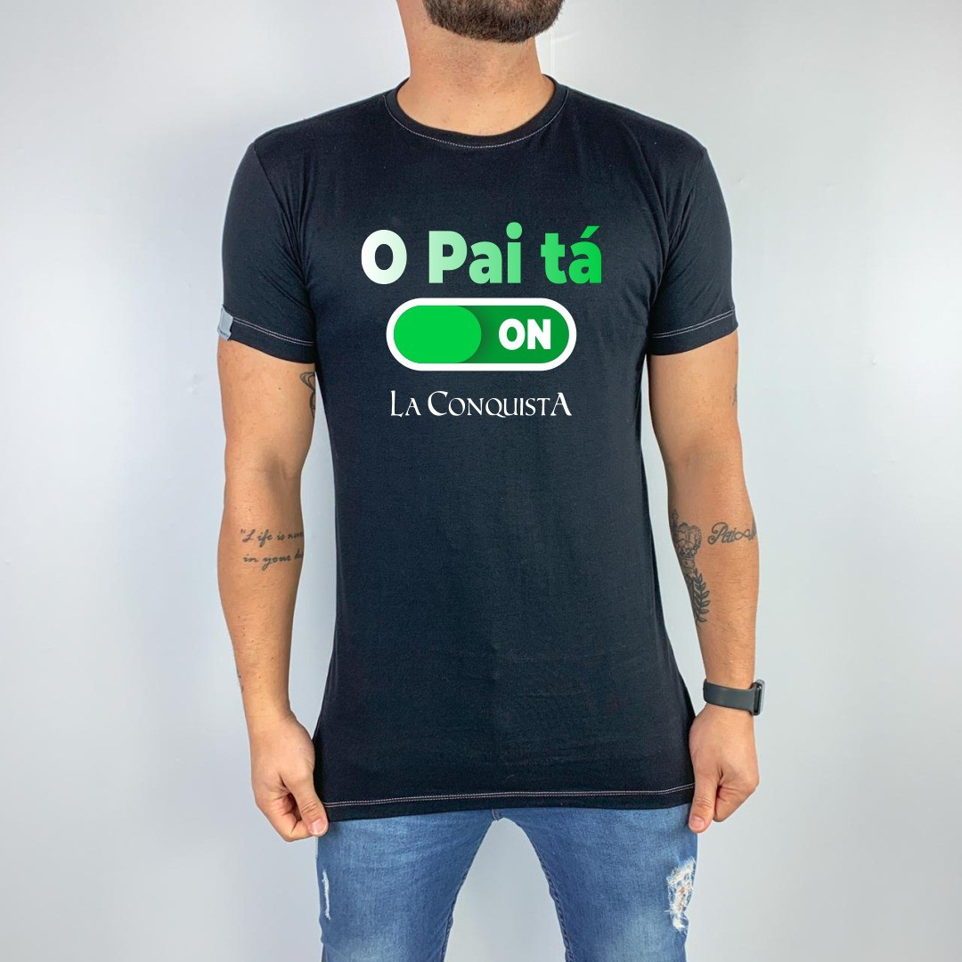 Camiseta O pai tá on 2020