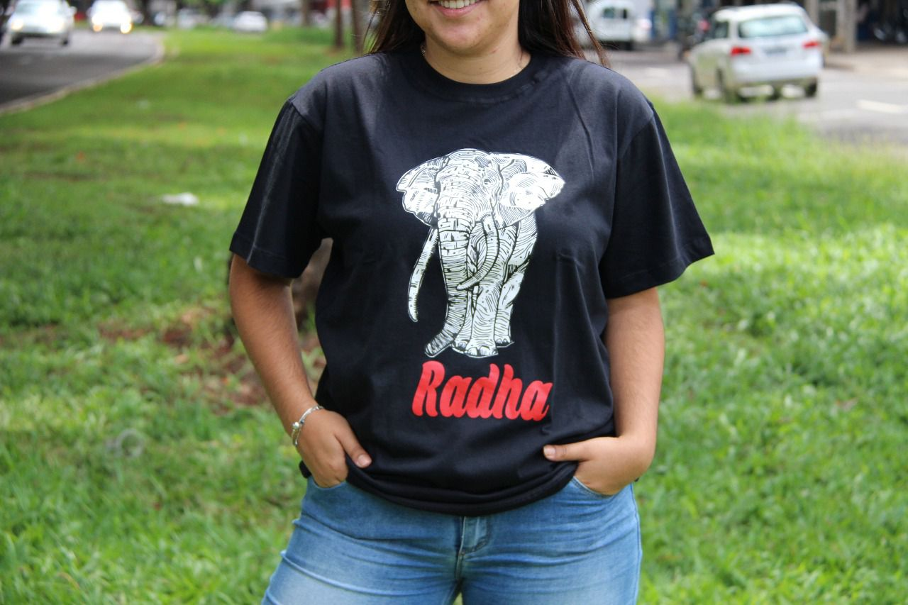Camiseta Radha