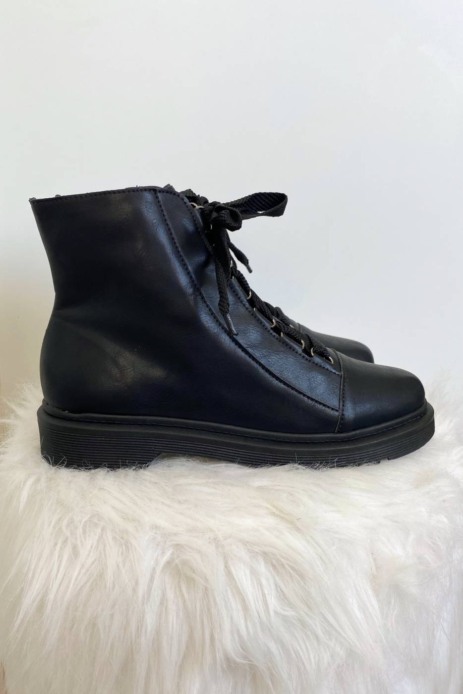 Bota April Black