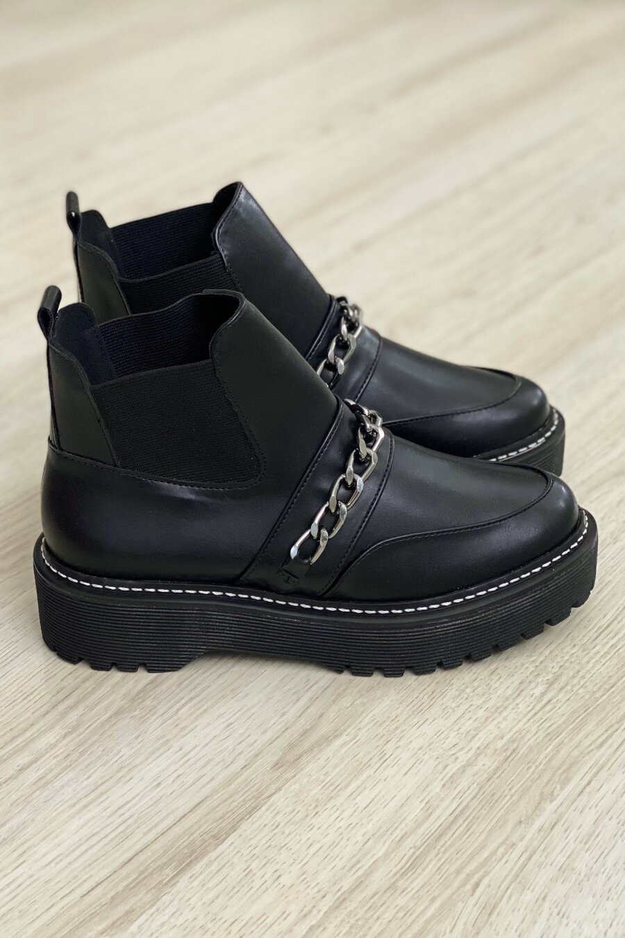 Bota Chain Black