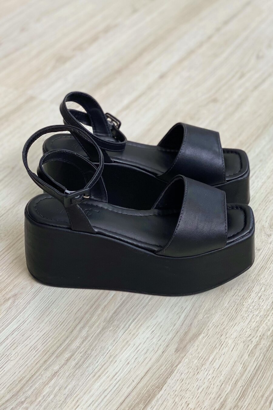 Flatform Malika Black