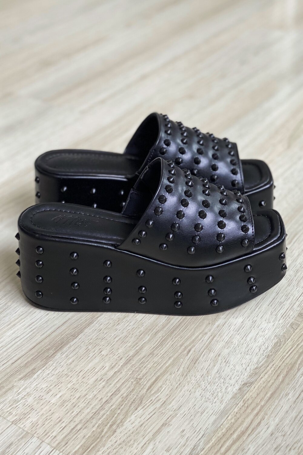 Tamanco Spike Black
