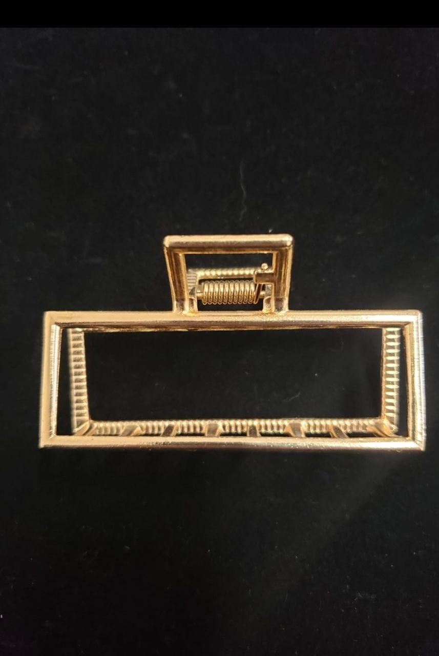 Presilha Retângulo Pequeno Dourada
