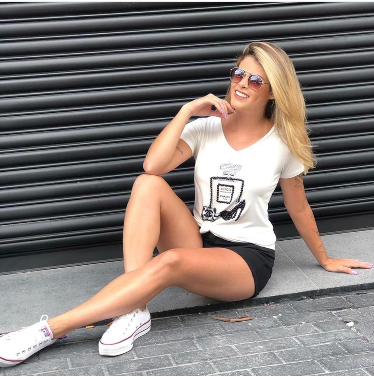 T-Shirt Parfum Chanel  Bordado