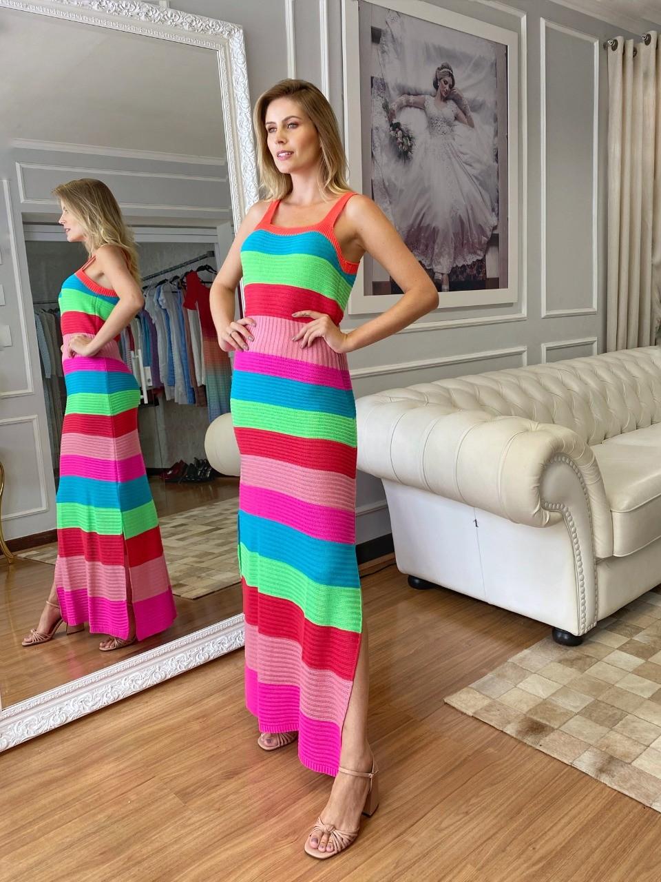 Vestido de Tricot Longo Listras Colorida