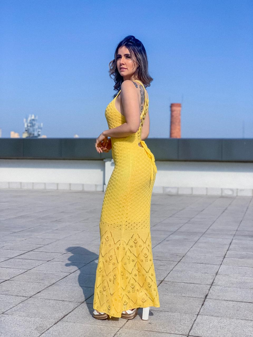 Vestido de Tricot Longo Trançado nas Costas
