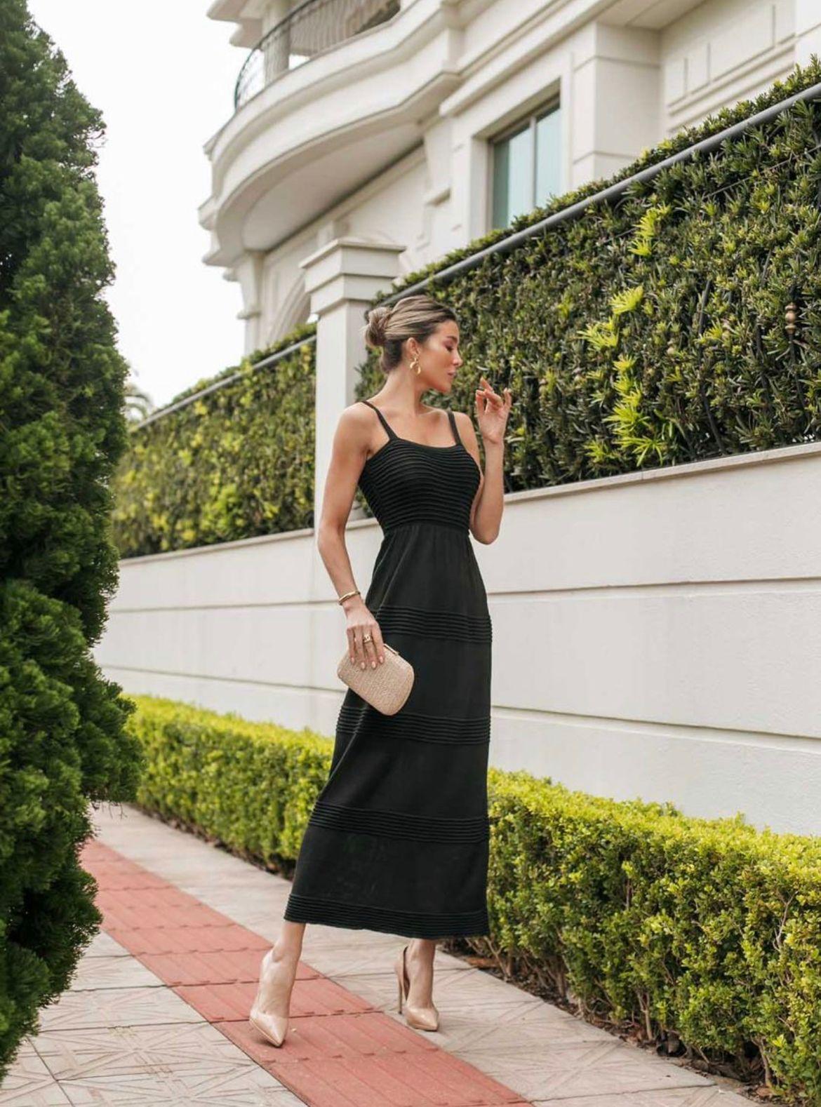 Vestido de Tricot Modal Longo de Alças Preto
