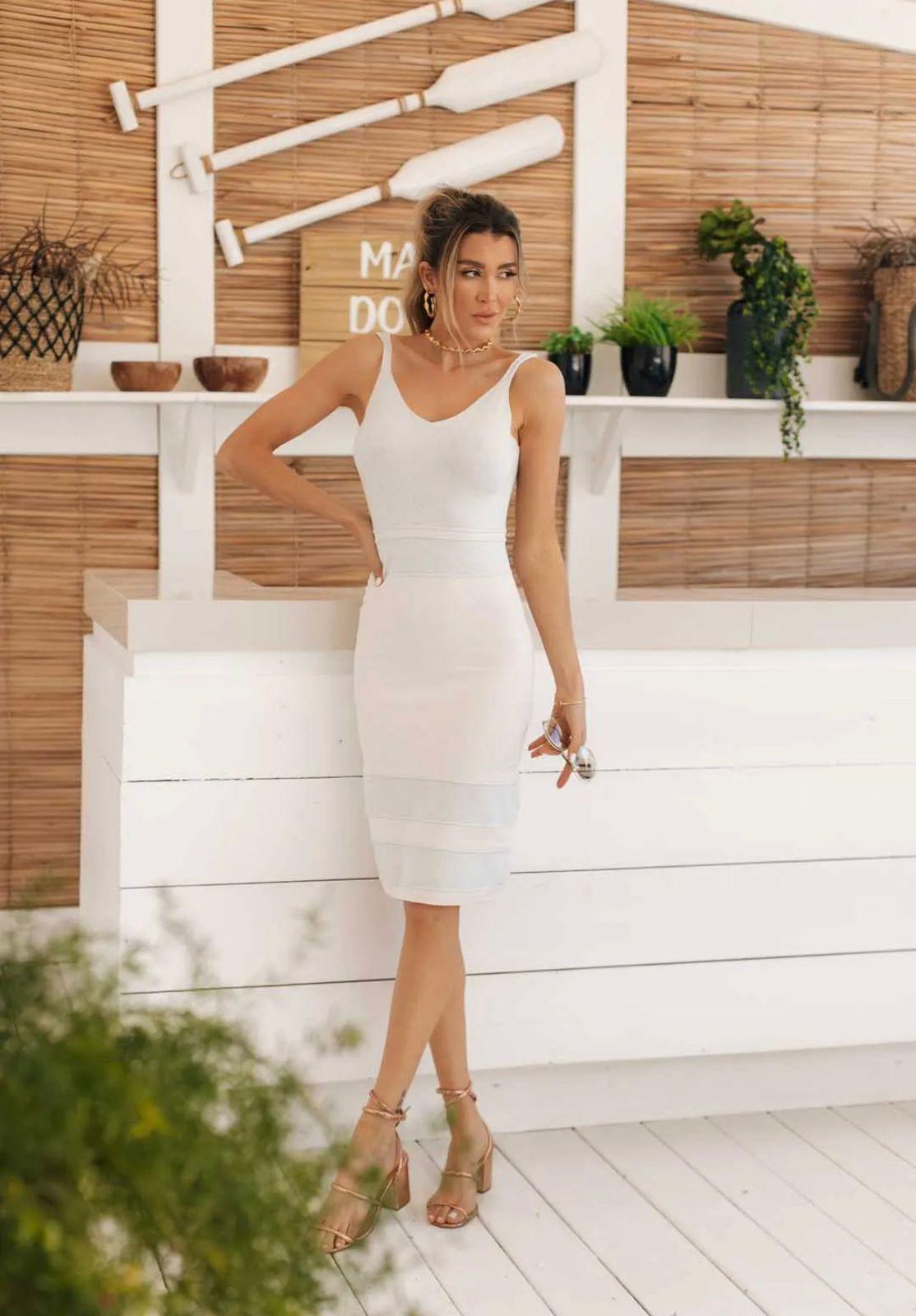 Vestido de Tricot Modal Midi de Alças