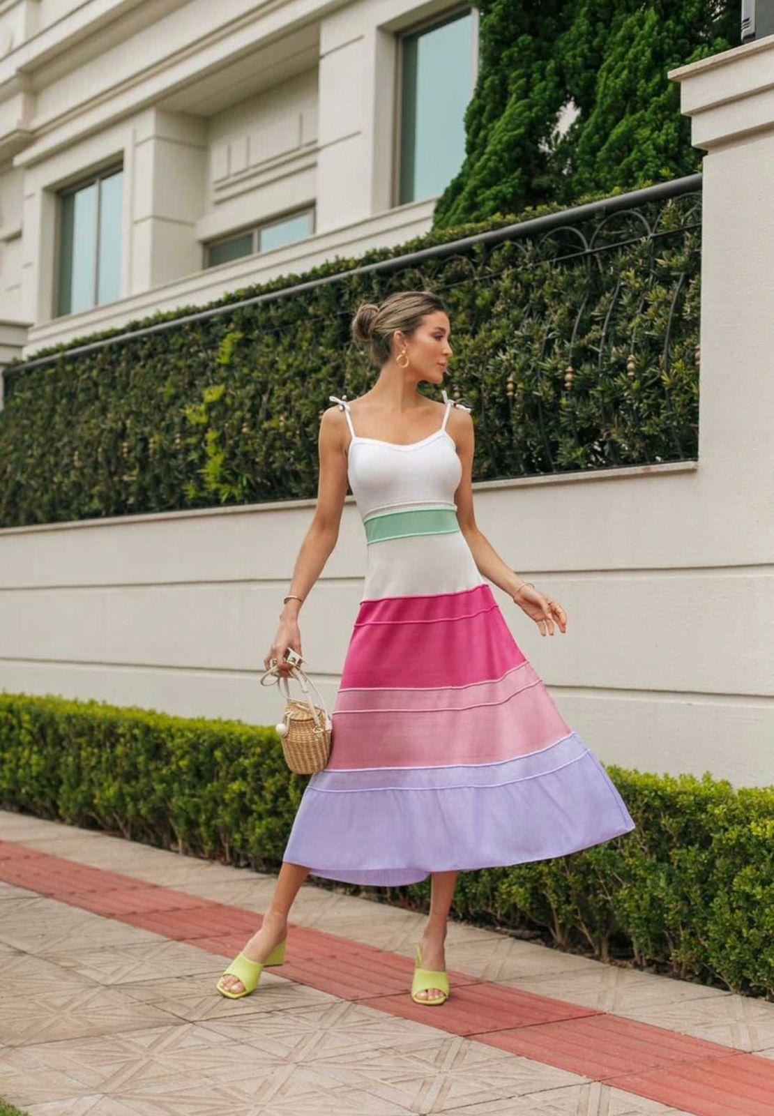 Vestido de Tricot Modal Midi de Alças Ajustáveis