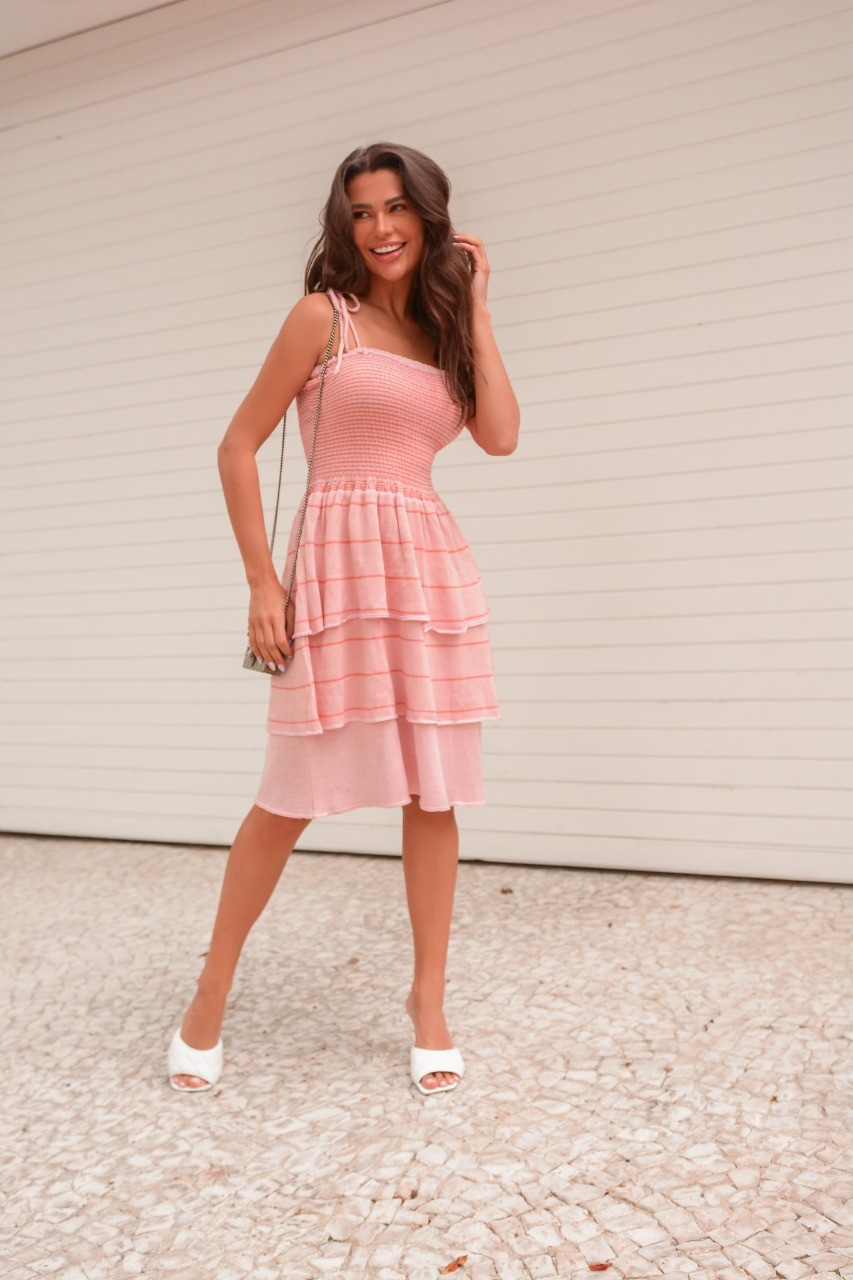 Vestido de Tricot Rayon Alças Ajustáveis Babados na Saia