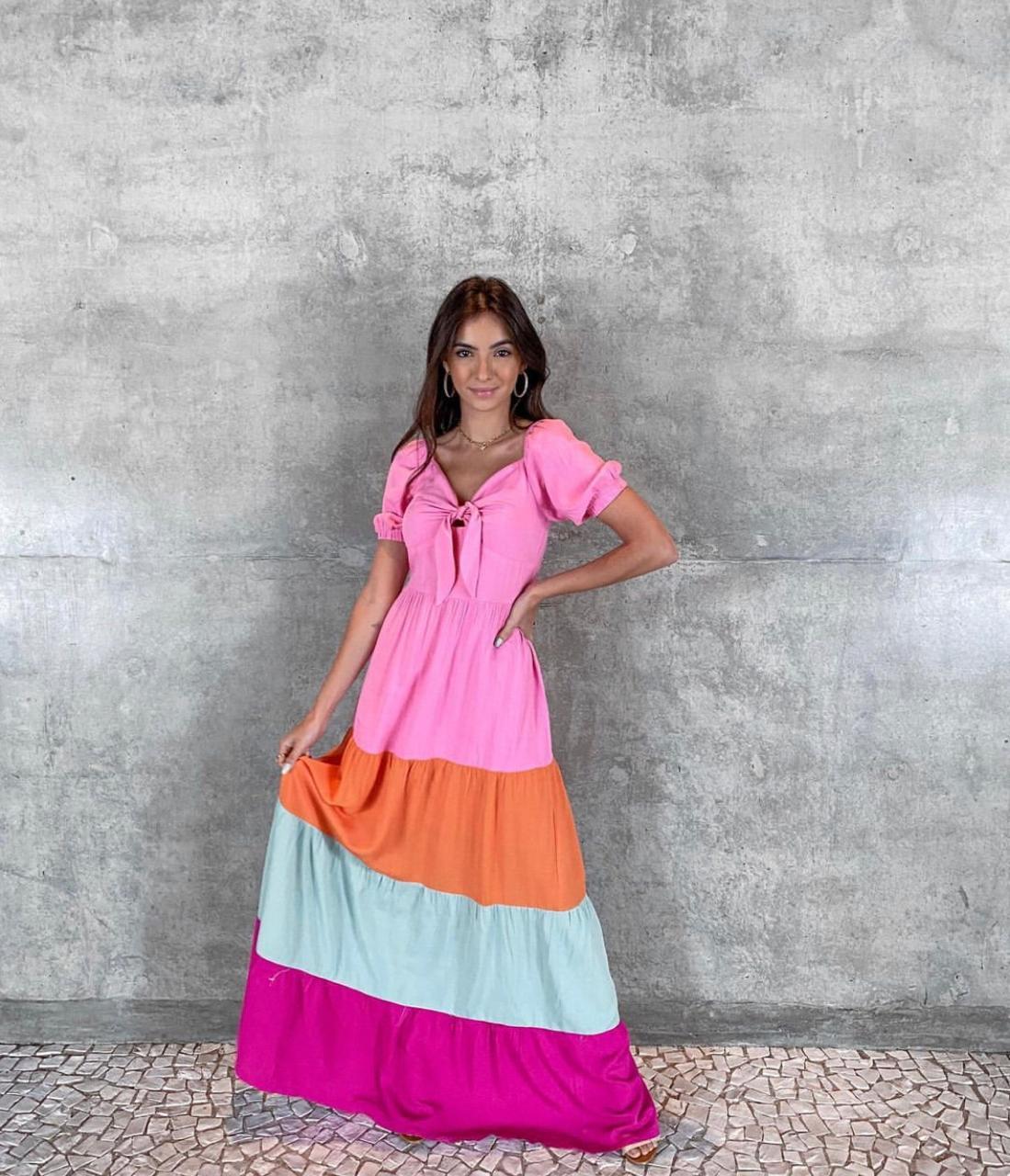 Vestido Longo de Linho e Algodão Amarração no Decote