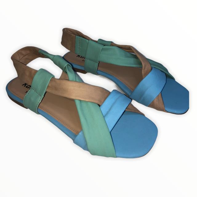 Rasteira em Couro Azul/Caramelo/Verde TDS51263