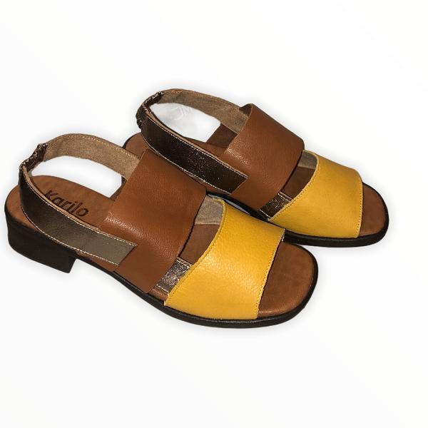 Sandália em Couro Amarelo/Whisky/Prata FL009
