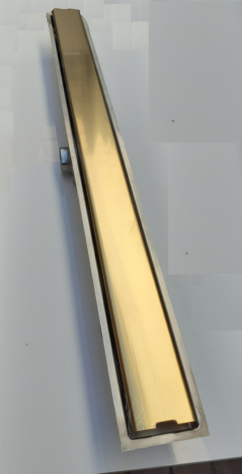 Ralo Linear Sifonado Inox Eletrocolorido Ouro Polido 80cm
