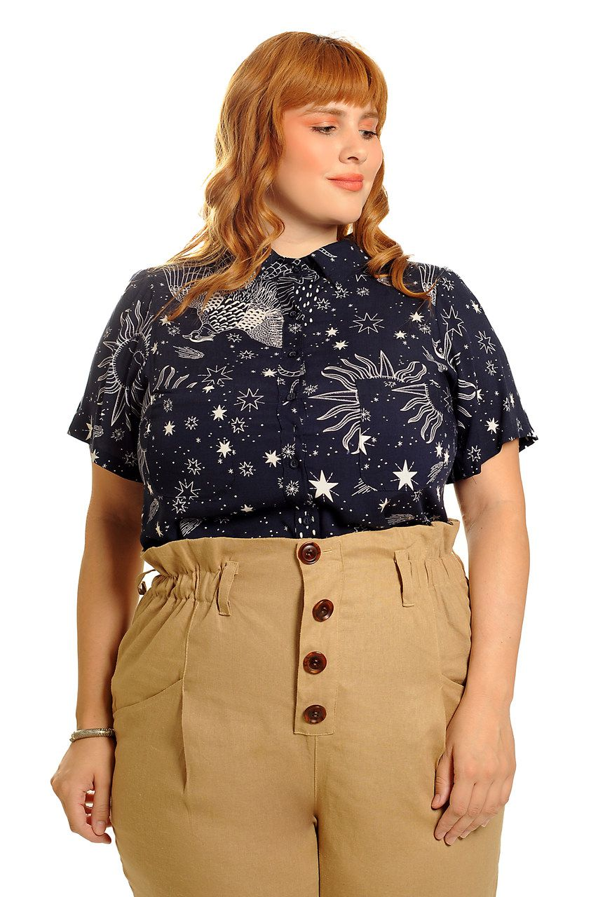Camisa cosmic love azul plus size