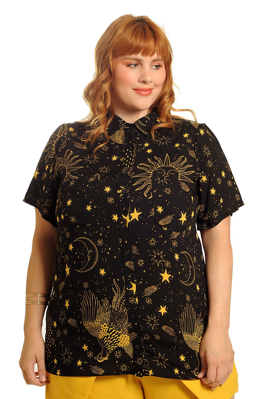 CAMISA PLUS SIZE ALONGADA COSMIC LOVE PRETA