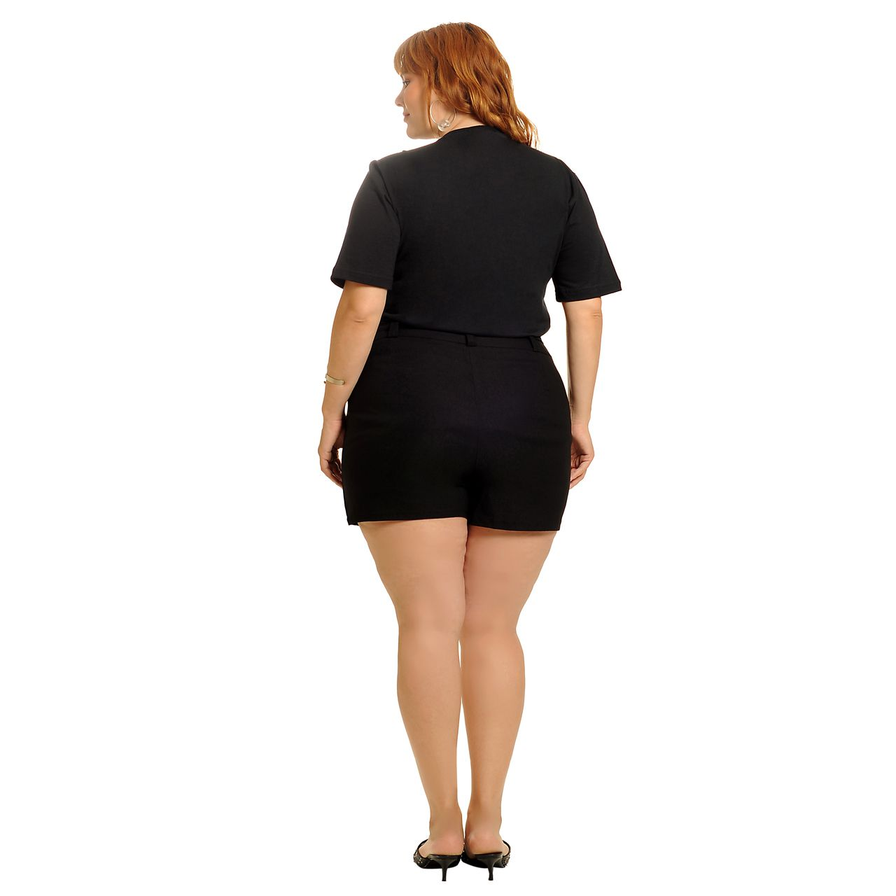 Short saia alfaiataria preto plus size