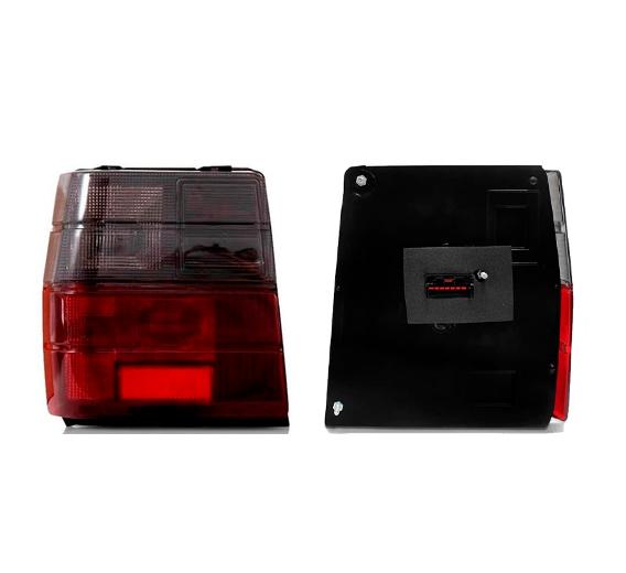 A Lanterna Traseira Uno 1984 a 2004 na cor Fumê Lado esquerdo motorista
