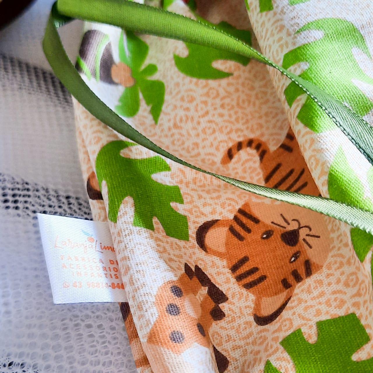 Kit saquinhos maternidade + case carteira de vacina + saquinho roupa suja
