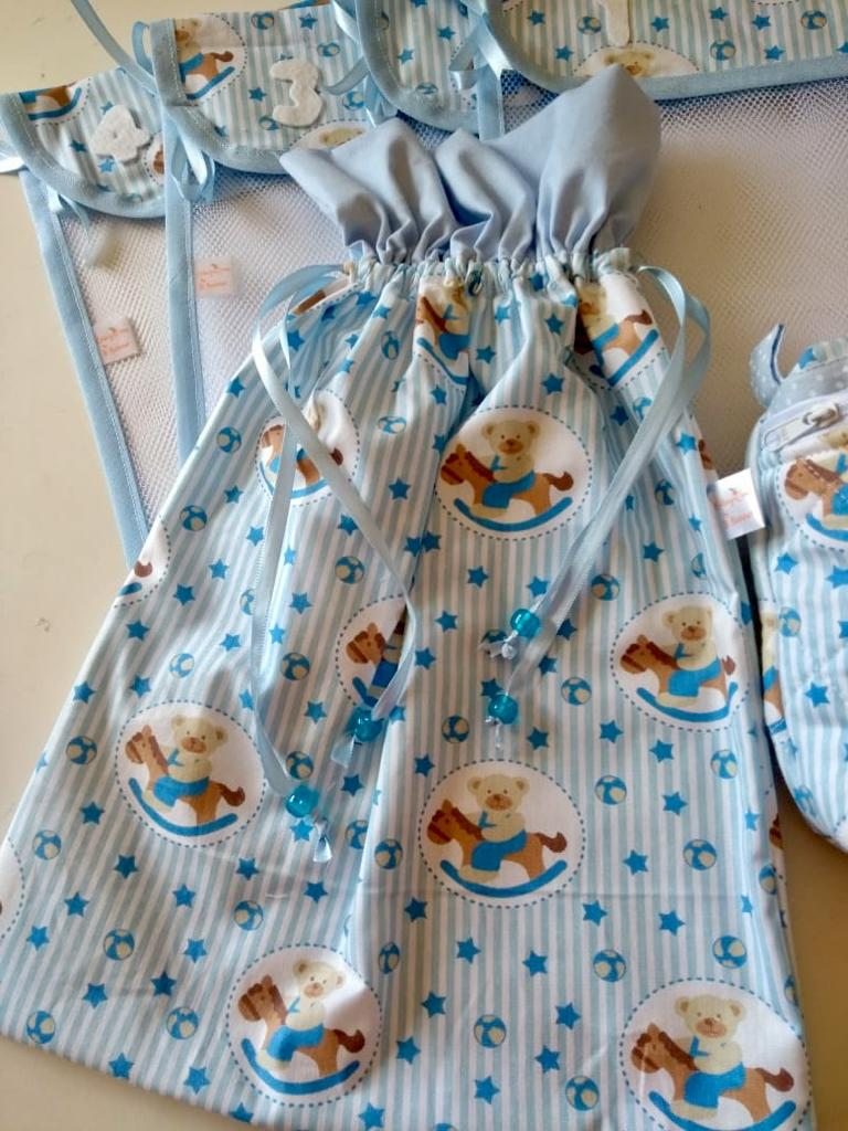 Kit saquinhos maternidade + saquinho roupa suja + necessaire