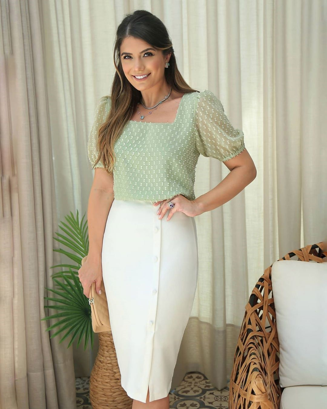 Blusa Chiffon Devorê com Peplum Doce Flor Ariane