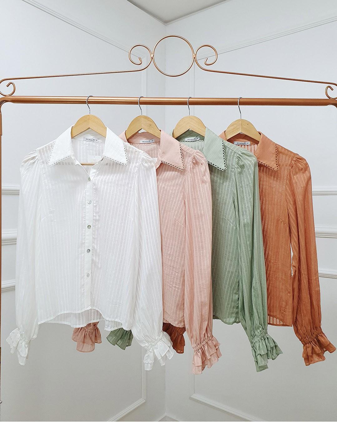 Camisa Social Feminina com Listras e Guipir Milalai