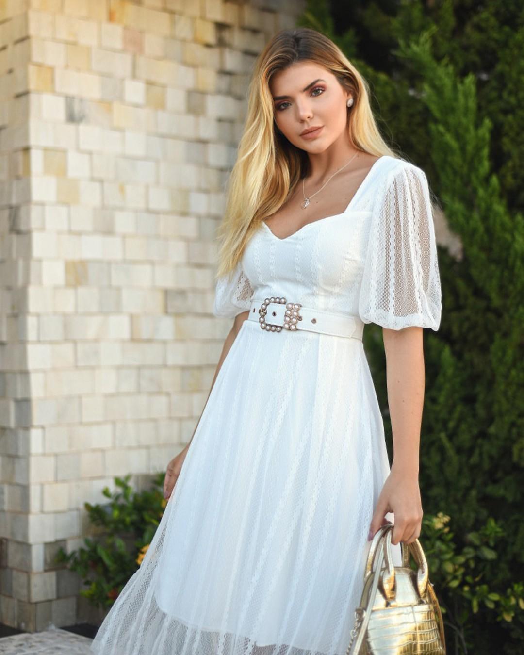 Vestido Branco Midi em Renda Casamento Civil Poema Hit