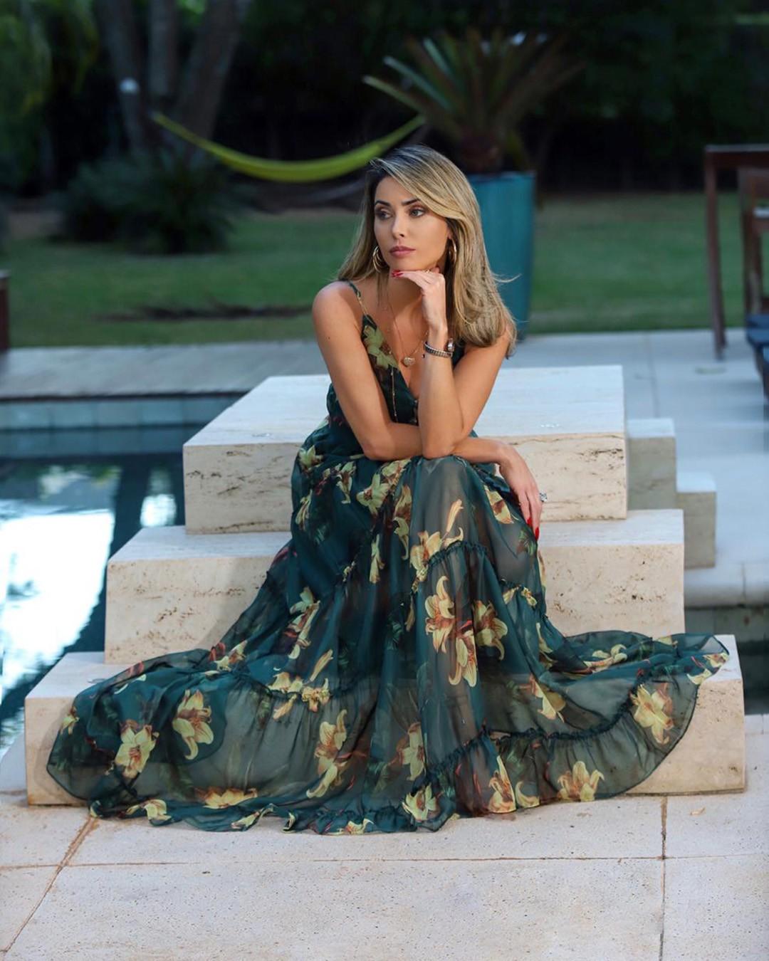Vestido Longo de Alça Godê Estampa Floral com Cinto Milalai