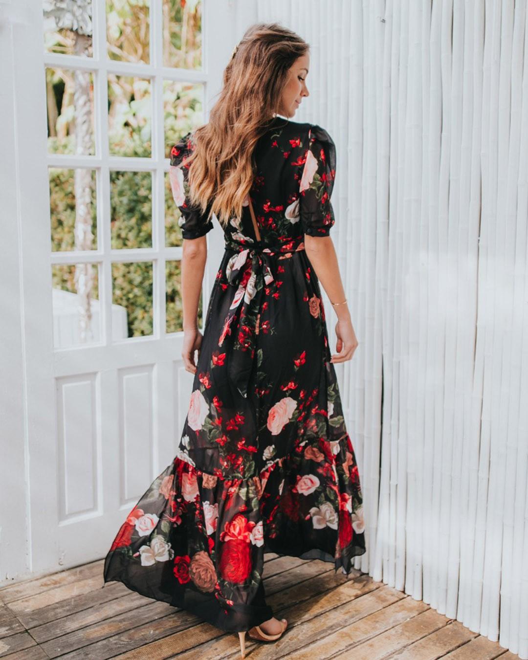 Vestido Longo Soltinho c/ Fenda Estampa Floral Preto Poema Hit