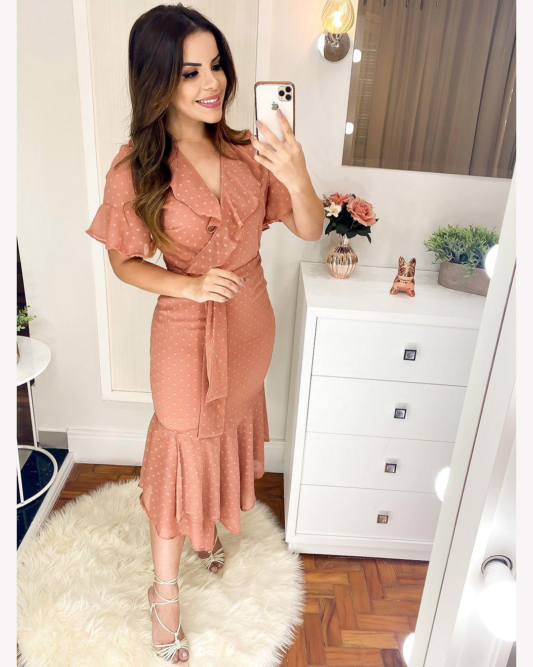 Vestido Maxi Midi com Babados e Faixa Decote V Rosê Az Irmãs