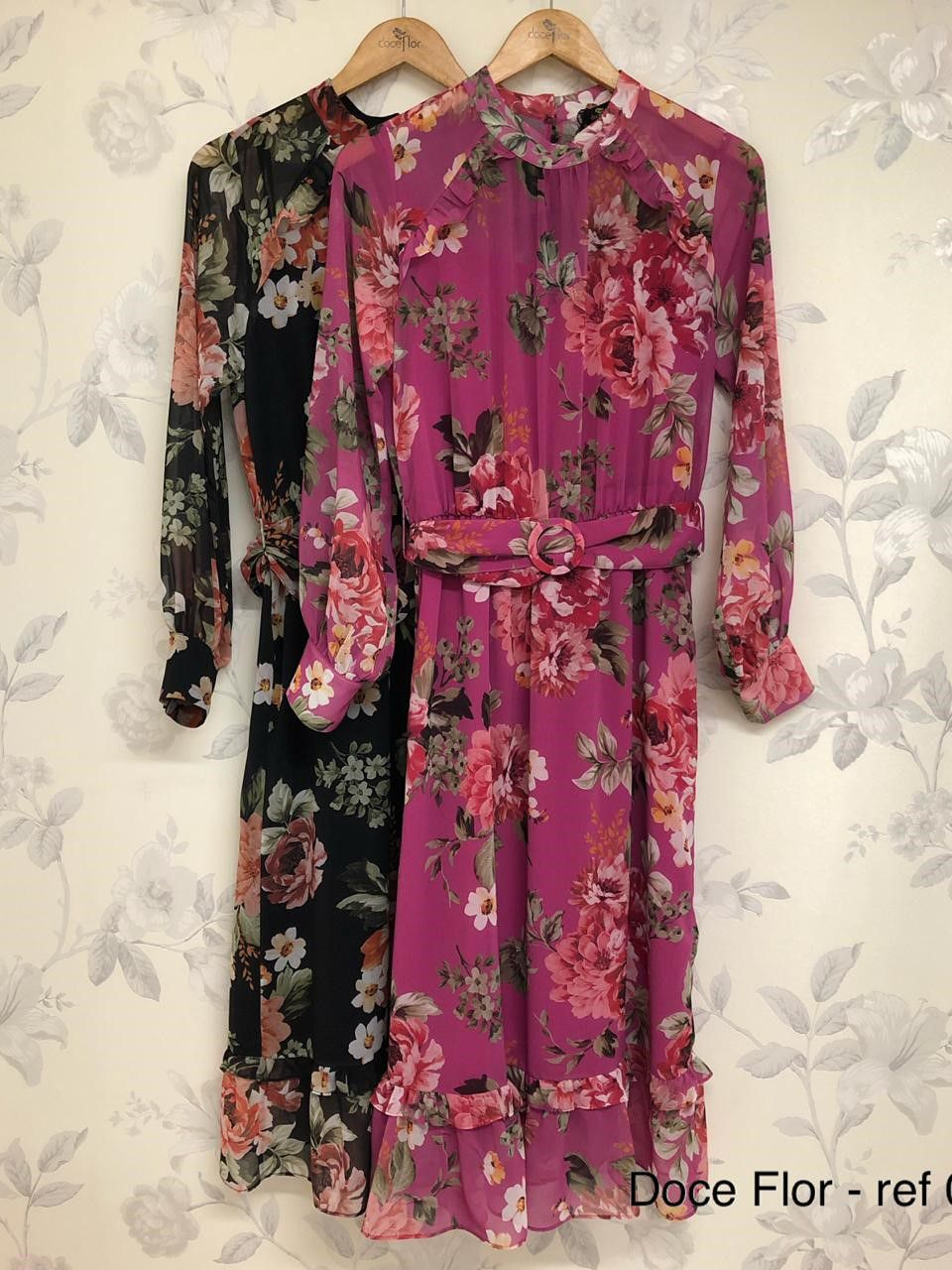 Vestido Midi Chiffon Manga Longa Estampa Floral Doce Flor Ariane