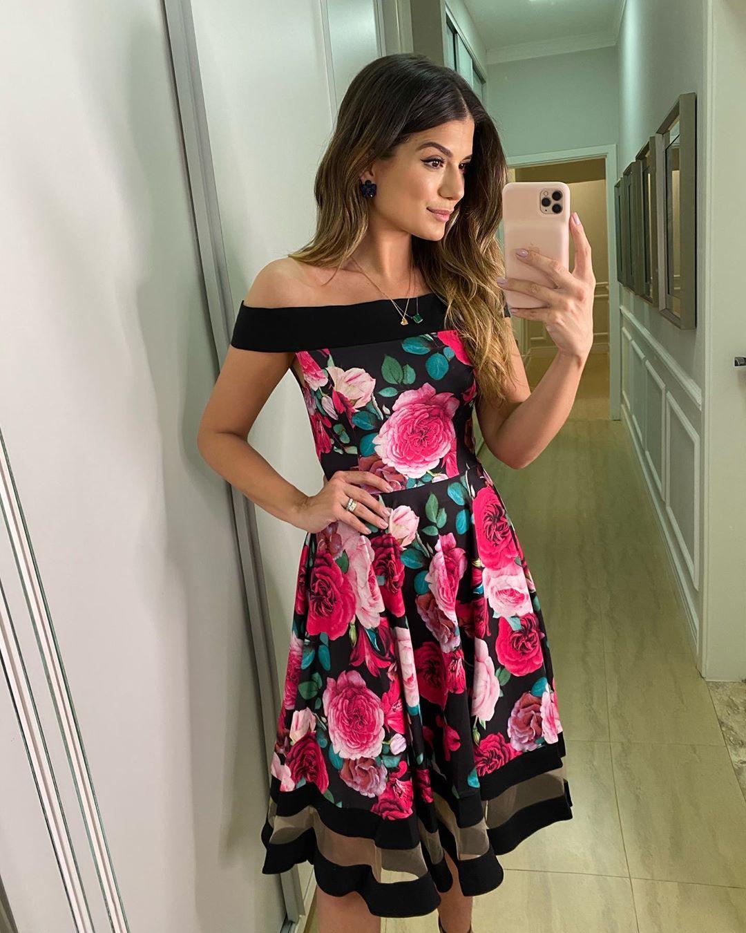 Vestido Midi Lady Like Estampa Preto Floral com Tule Ariane