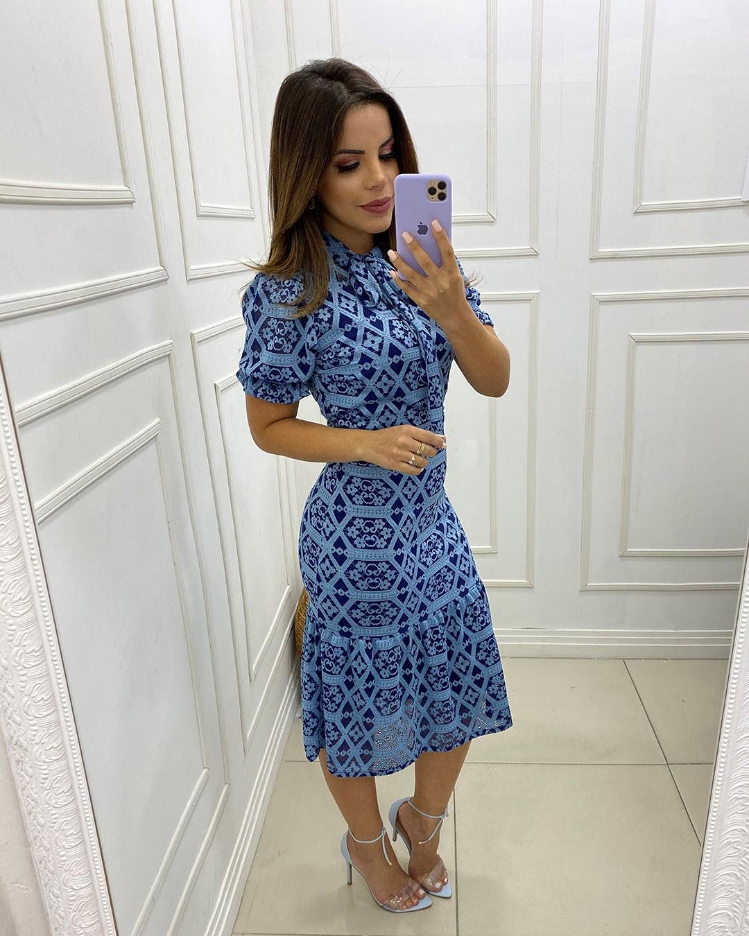 Vestido Midi Renda Bicolor Azul Az Irmãs Moda Evangélica