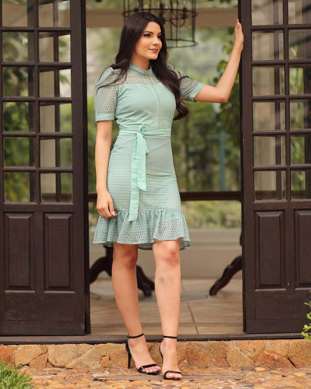 Vestido Midi Renda Tule com Babado Verde Mint Az Irmãs